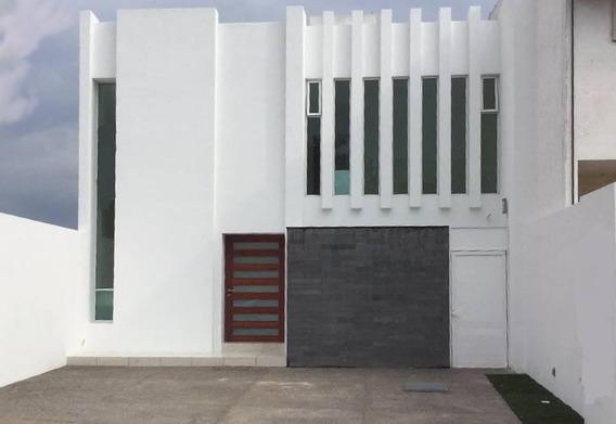 Preciosa Residencia En Milenio Iii, 3 Recámaras, Roof Garden, Jardín, Lujo