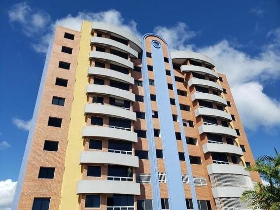 Urb.la Unión Apartamento En Venta / Código 20- 8530 / Arleny
