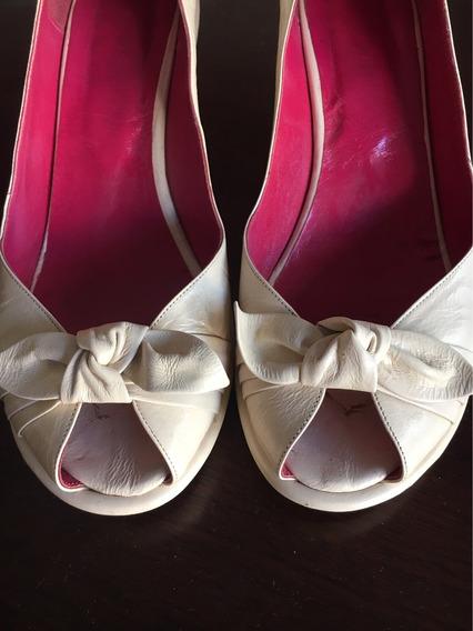 Zapatos Crudos Casi Sin Uso Simil Cuero Talle 38