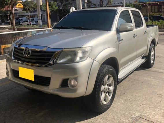 Toyota Hilux 4x4 Mt Diesel