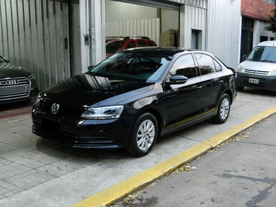 Volkswagen Vento 2.0 Advance Pack Summer /// 2016 - 79.000km