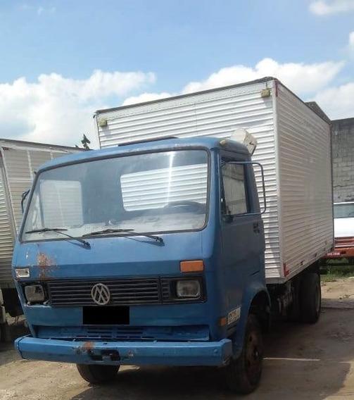 Caminhão Volkswagen Vw 7.110 - Baú