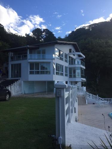 Exclusiva Casa En Santa Catarina, Brazil
