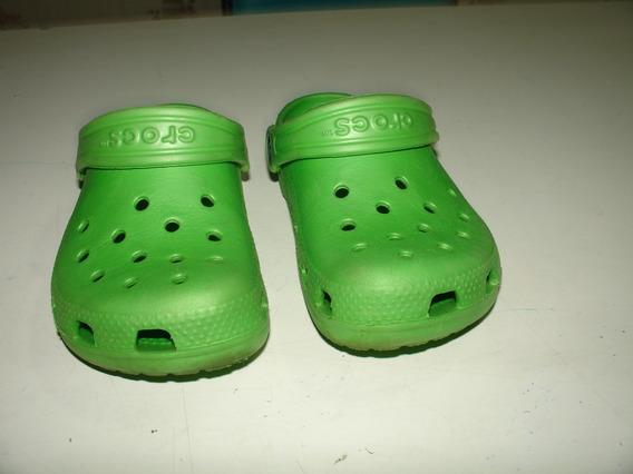 Sapato Crocs Verde Lim Tamanho 10 11 Emborrachado Tamanho 26