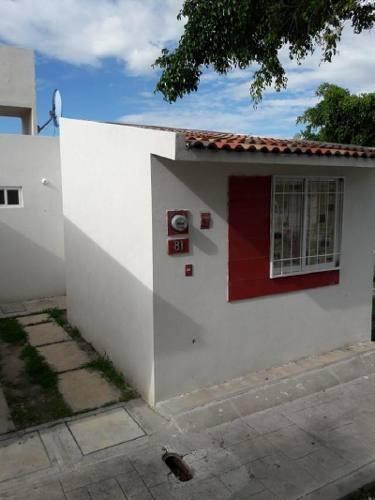 Casa En Venta En Eduardo Loarca Castillo