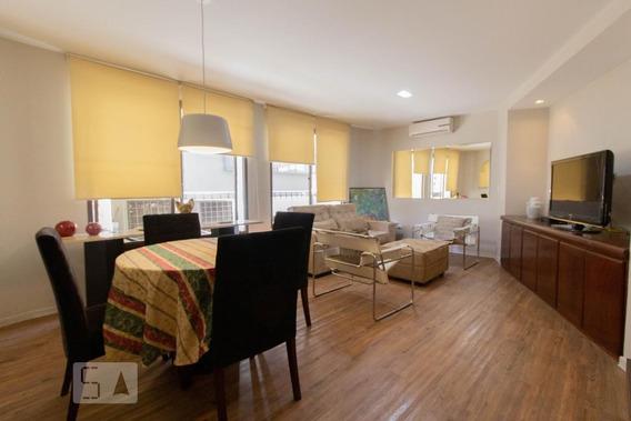 Apartamento No 7º Andar Mobiliado Com 1 Dormitório E 1 Garagem - Id: 892946491 - 246491