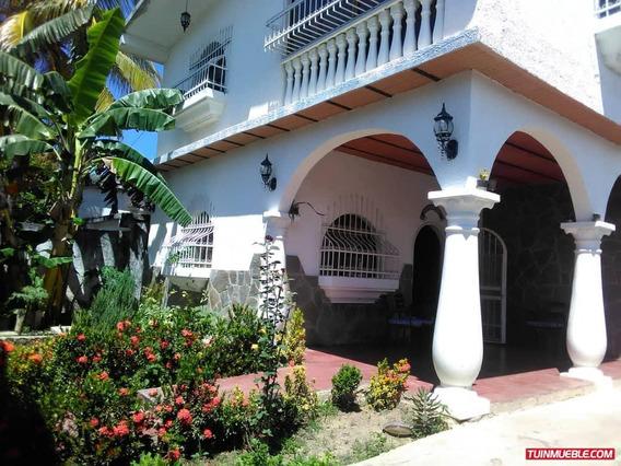 Casas En Venta La Candelaria/yosmerbi Muñoz 04125078139