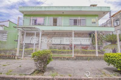 Casa, 5 Dormitórios, 272 M², Medianeira - 151086