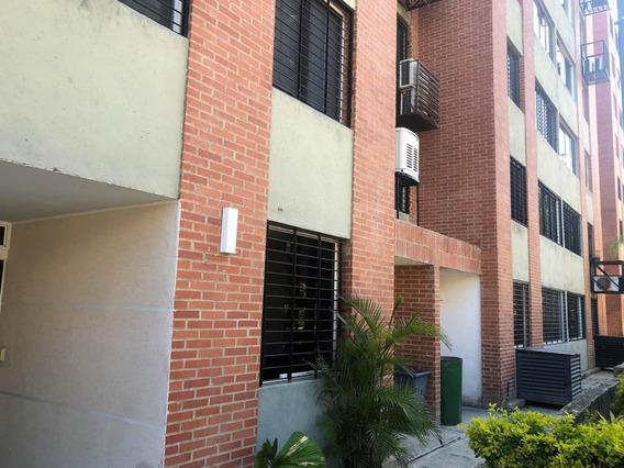 Apartamento En Alquiler - Los Naranjos Humboldt - 20-13076
