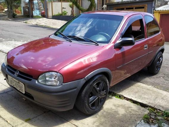 Corsa Hatch Motor 1.0 Ano 1996 Bordô Duas Portas