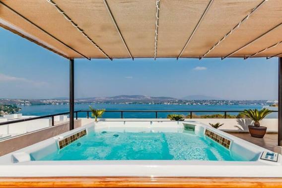 Casa Vista Excepcional Al Lago Con Jacuzzi Elevado Y Alberca