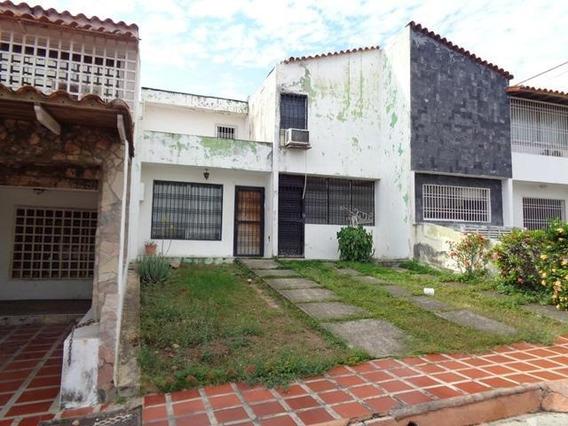 Casa En Venta En El Rosaleda Barquisimeto Lara 20-6248 Rahco