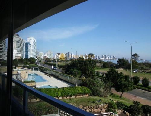 Excelente Apartamento Frente Al Mar En Mansa- Ref: 3215