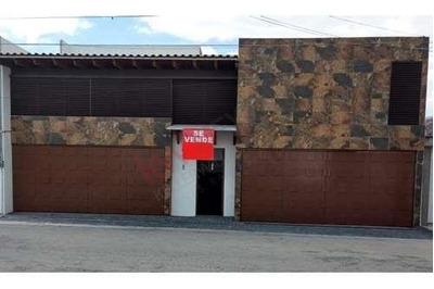 Casa En Rincones De La Calera