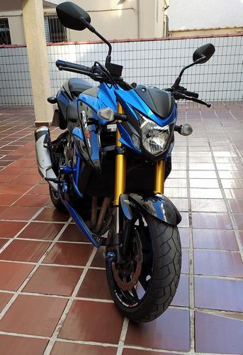 Imagem 1 de 9 de Suzuki Gsx S 750