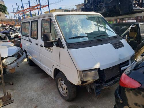 Renault  Trafic Sucata