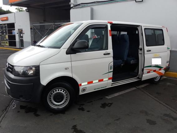 Camioneta Minivan Volkswagen Transporter T5 16 Pasajeros