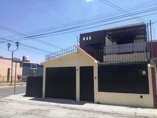 Casa Sola En Venta Pitahayas, Excelente Ubicación, Ideal Para Negocio.