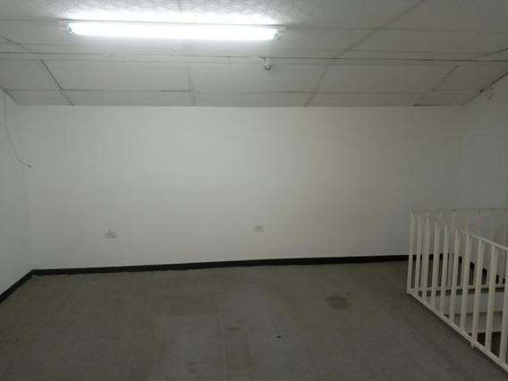 Oficina En Alquiler Centro Cabudare 20-1240 J&m 04121531221