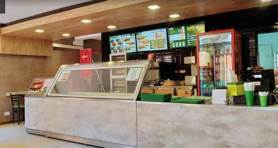 Excelete Hamburgueseria/kiosco En La Plaza De Sanfer