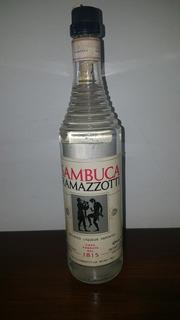 Sambuca Ramazzotti. Unica!! Botella Antigua Cerrada Impecabl