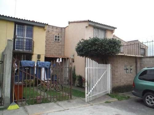Casa Uso De Suelo En Venta Hacienda Las Palmas I Y Ii