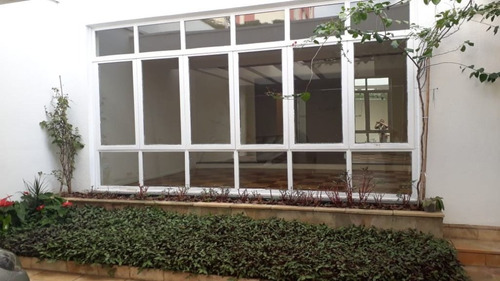 Sobrado Com 3 Dormitórios Para Alugar, 304 M² Por R$ 5.400,00/mês - Parque São Jorge - São Paulo/sp - So6465