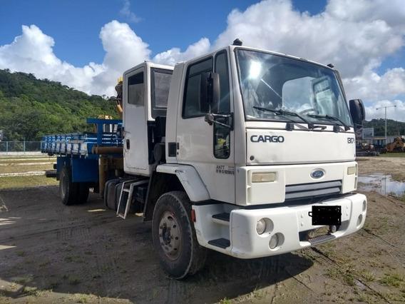 Caminhão Munck 1317e 2011