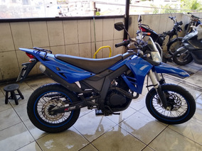 Kasinski Crz 150 Sm ( Motor Honda 200 Strada )