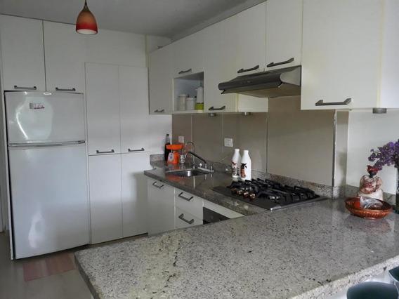 Apartamento Barato En Venta En Los Naranjos Humboldt 20-2014