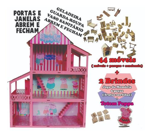 Imagem 1 de 3 de Casa Casinha Tema Peppa Adesivada 44 Móveis Mdf + Brinde