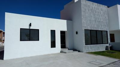 Residencia, Una Planta, La Condesa Juriquilla, 3 Recámaras, Jardín, Doble Altura