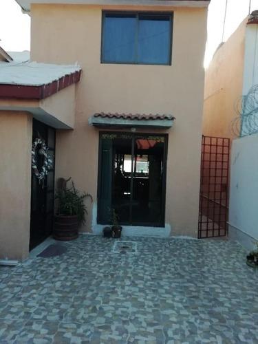 Casa En Venta En Valle Dorado Tlalnepantla