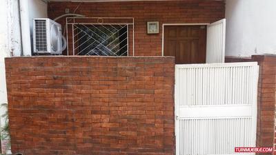 Apartamentos En Venta,urb El Peñon. 19-2485