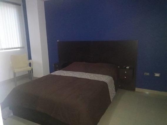 Se Alquila Apartamento En Pueblo Nuevo