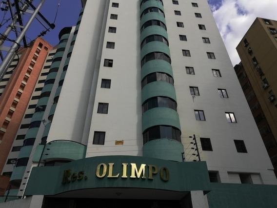 Apartamento En Venta Las Chimeneas 100m2