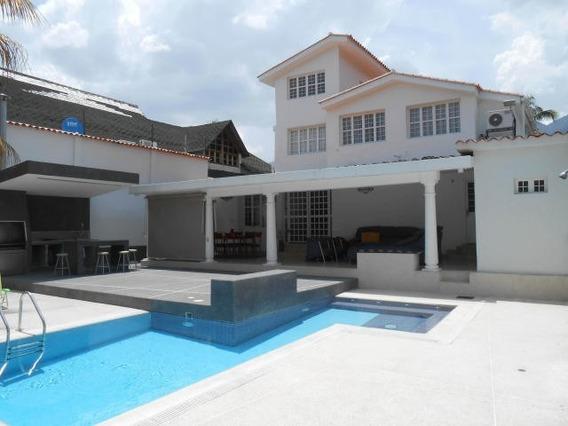 Casa En Venta Urb El Castaño Maracay Aragua Mj 20-7923