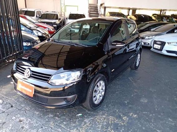 Volkswagen Fox Trend 1.0 Flex 2013 Preto Completo