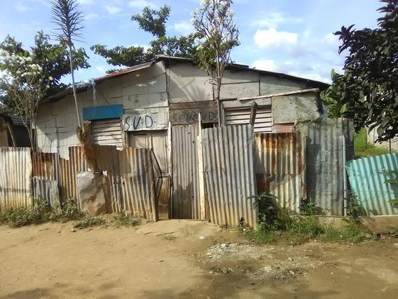 Vendo Una Mejora 176m2,en Santo Domingo Oeste, 400mil.
