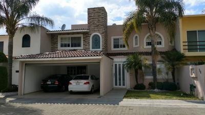 Se Vende Casa En Fracc Villa Antigua Con Alberca