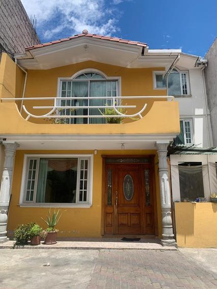 Hermosa Casa En Quito, Sector Magdalena
