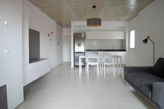 Callao 1600 Monoambiente Amplio Tipo Loft- Con Terraza, Piscina Y Parrillero