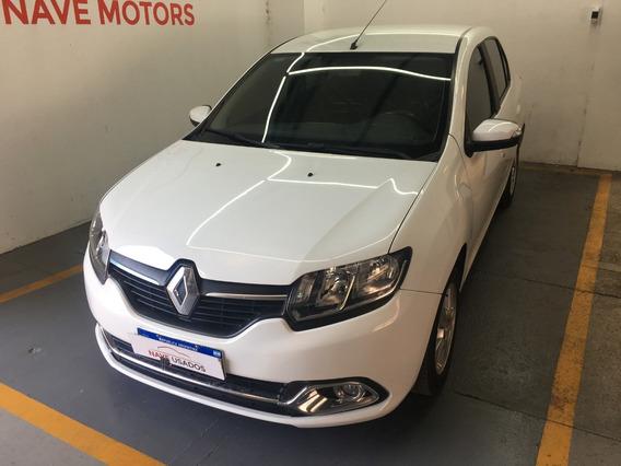 Renault Logan Privilege 1.6 16v 2018 Ac536