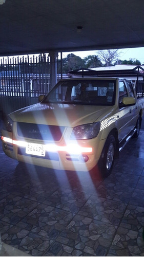 Imagen 1 de 7 de Vendo Pick Up Jmc Taxi Con Cupo.  Negociable.