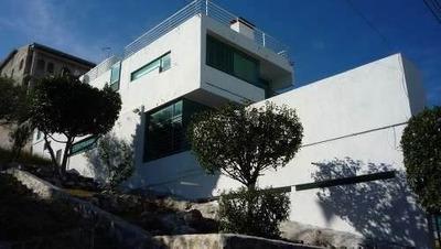 Se Vende Hermosa Residencia De Autor En Tejeda, De 3 Niveles