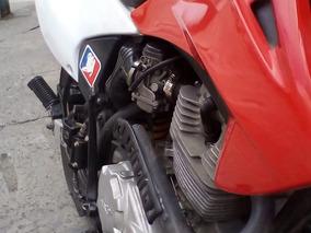 Vendo Moto Enduro Akt 235r Muy Bonita Poco Andada