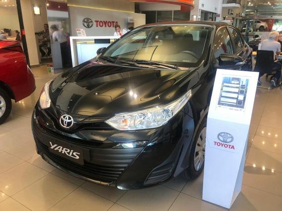 Toyota Yaris 1.5 Xs 6mt Sedan 4p Kansai