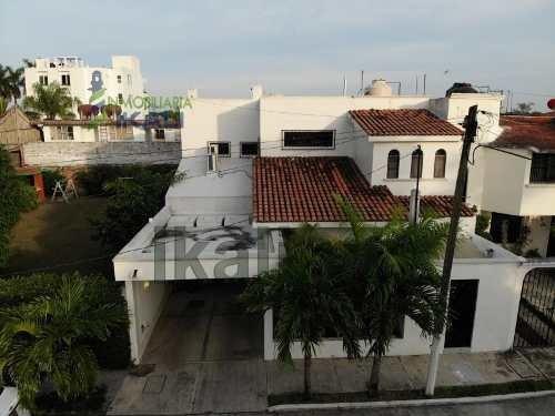 Renta Casa Amueblada Ubicada En El Fraccionamiento Jardines En La Ciudad Y Puerto De Tuxpan Veracruz. Ubicación Inmejorable Muy Cerca De Los Centros Comerciales Chedraui, Plaza Crystal Y Liverpool. E
