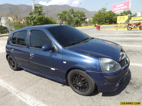 Renault Clio Racing