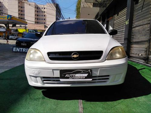 Imagem 1 de 11 de Gm Corsa Sedan 2003 1.0